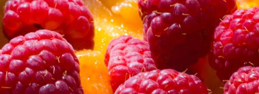 Maliny jsou výborným léčivým ovocem do dezertů.